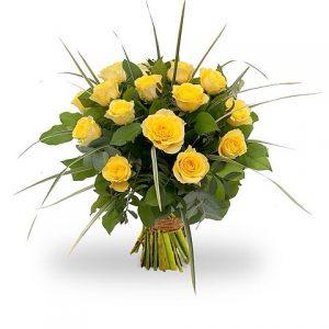 gele rozen met groen