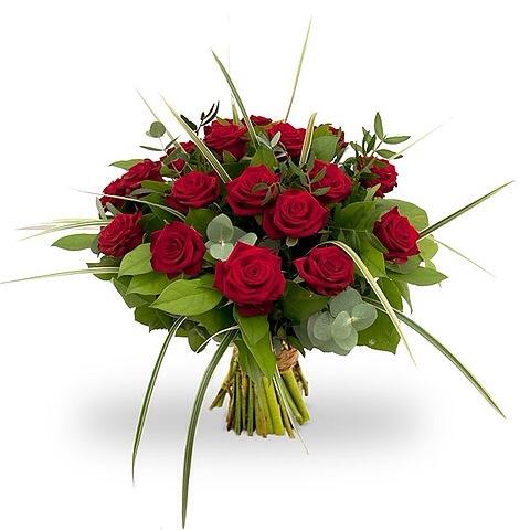 rode rozenm met groen